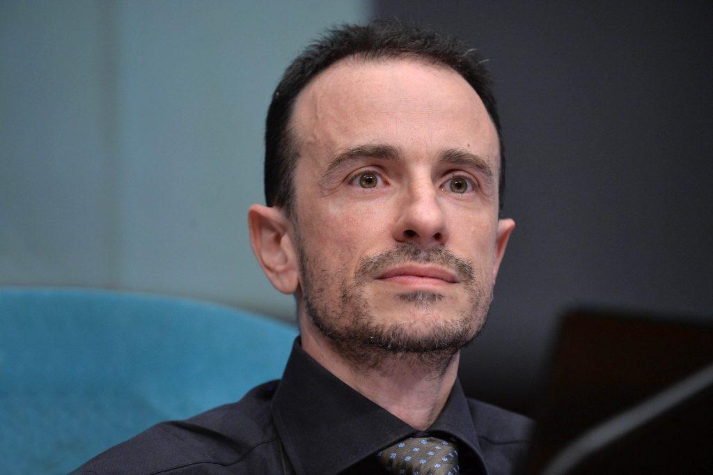 Reddito di cittadinanza: il team digitale del neo nominato Luca Attias dovrà stabilire chi ne ha diritto e come lo spende. Un 'database dei poveri'?