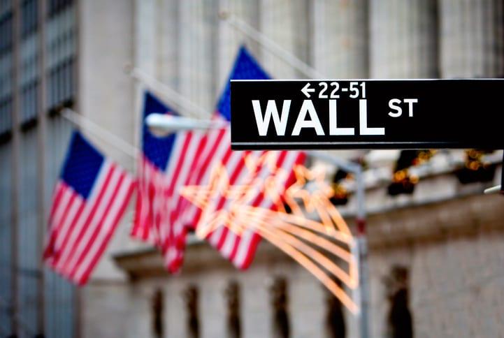 Wall Street è sull'orlo del precipizio: il record di buyback ha prosciugato la liquidità dei mercati
