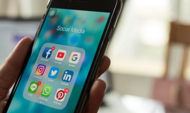 Mark Zuckerberg vuole collegare tra loro WhatsApp, Instagram e Messenger