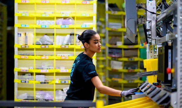 Il robot di Amazon che licenzia i lavoratori non opera in Italia. Ma potrebbe farlo in futuro