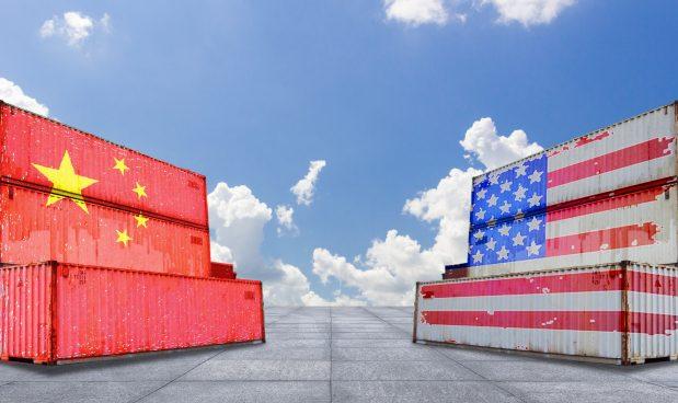 La Cina terrorizza i mercati con il rischio crack bancario: Pechino chiede aiuto agli Usa