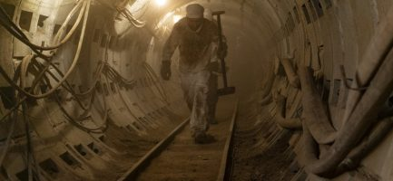 """La serie """"Chernobyl"""" della HBO si concentra principalmente sugli sforzi per porre riparo al disastro nucleare del 1986. Liam Daniel / HBO"""