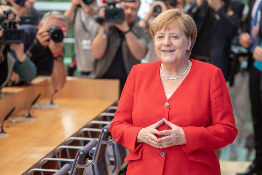 La Bce non può risolvere tutti i problemi: ora tocca alla Germania versare soldi nell'economia per risollevare l'Europa