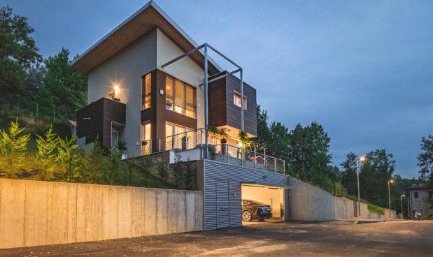 Ecolibera: la casa senza bollette che ti ricarica l'auto elettrica