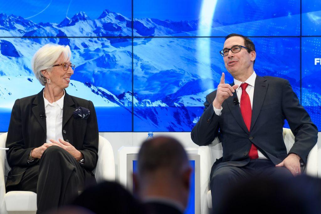 Davos divisa sul clima: si chiude con il duello tra Lagarde e Mnuchin