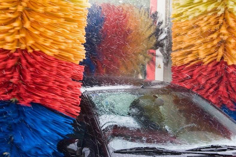 Laveremo l'auto con l'aiuto dell'Internet delle cose (IoT)