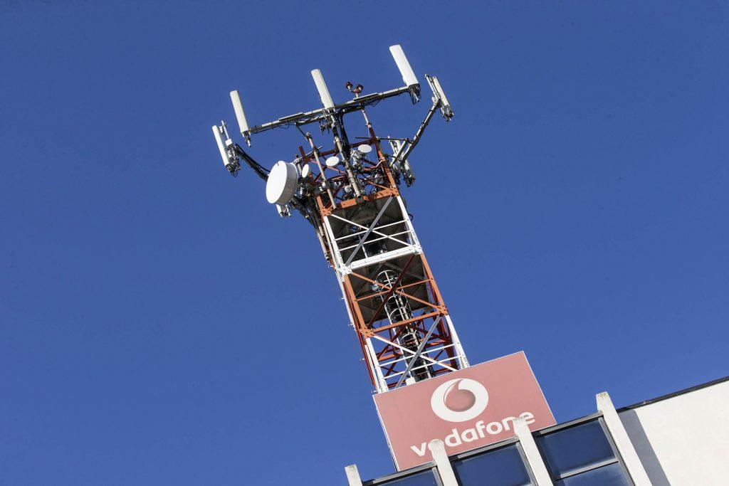 Cara Vodafone, volevo un telefono, ho ottenuto un disastro