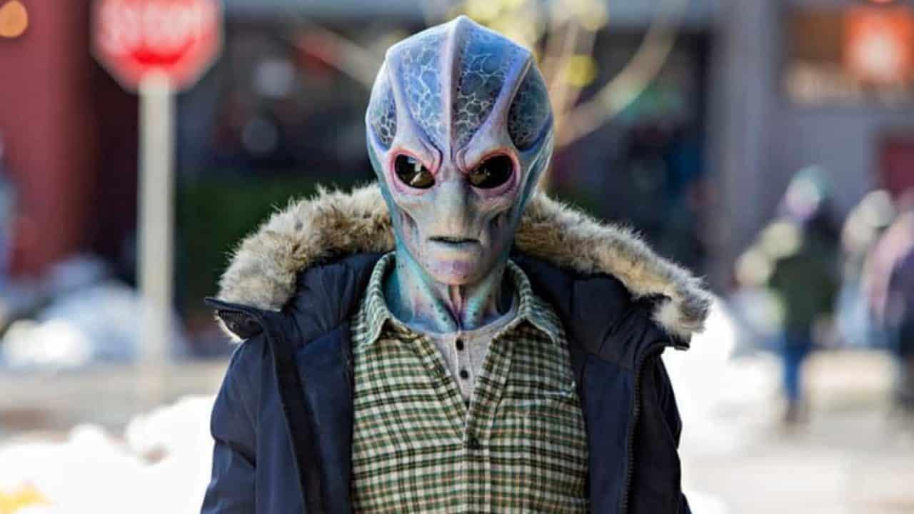 Resident-Alien-1