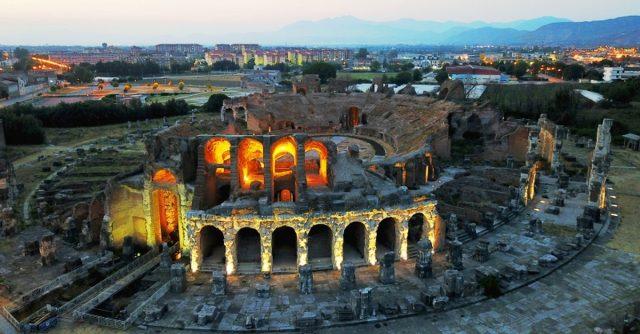 L'anfiteatro dell'antica Capua (CE)