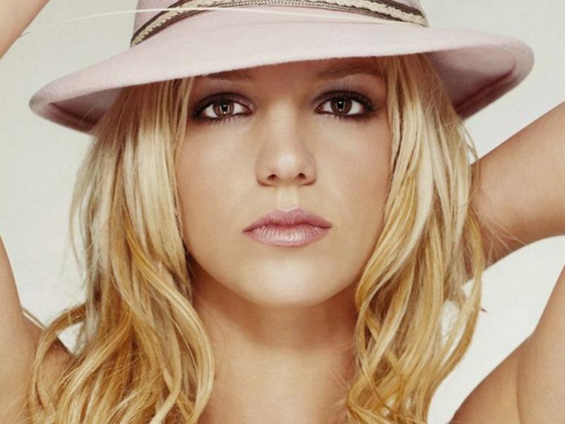 "Britney, scatti sexy su Instagram. La Spears anticipa ""Work Bitch"""