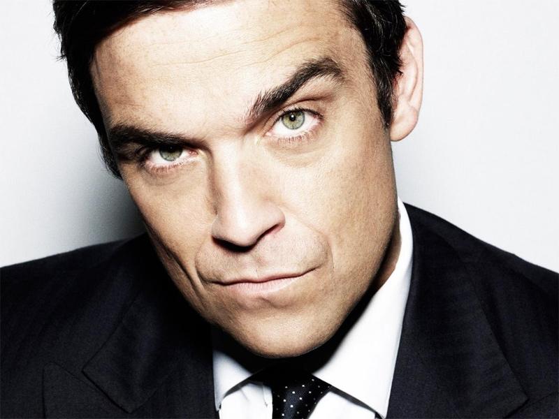 Robbie Williams torna allo swing