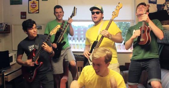 Shake it off, la parodia virale di un gruppo di studenti che è piaciuta a Taylor Swift