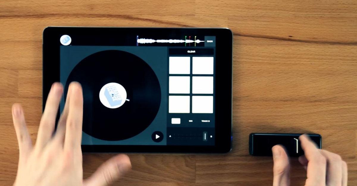 Ecco mixfader, il primo crossfader wireless pensato per gli smartphone dei DJ