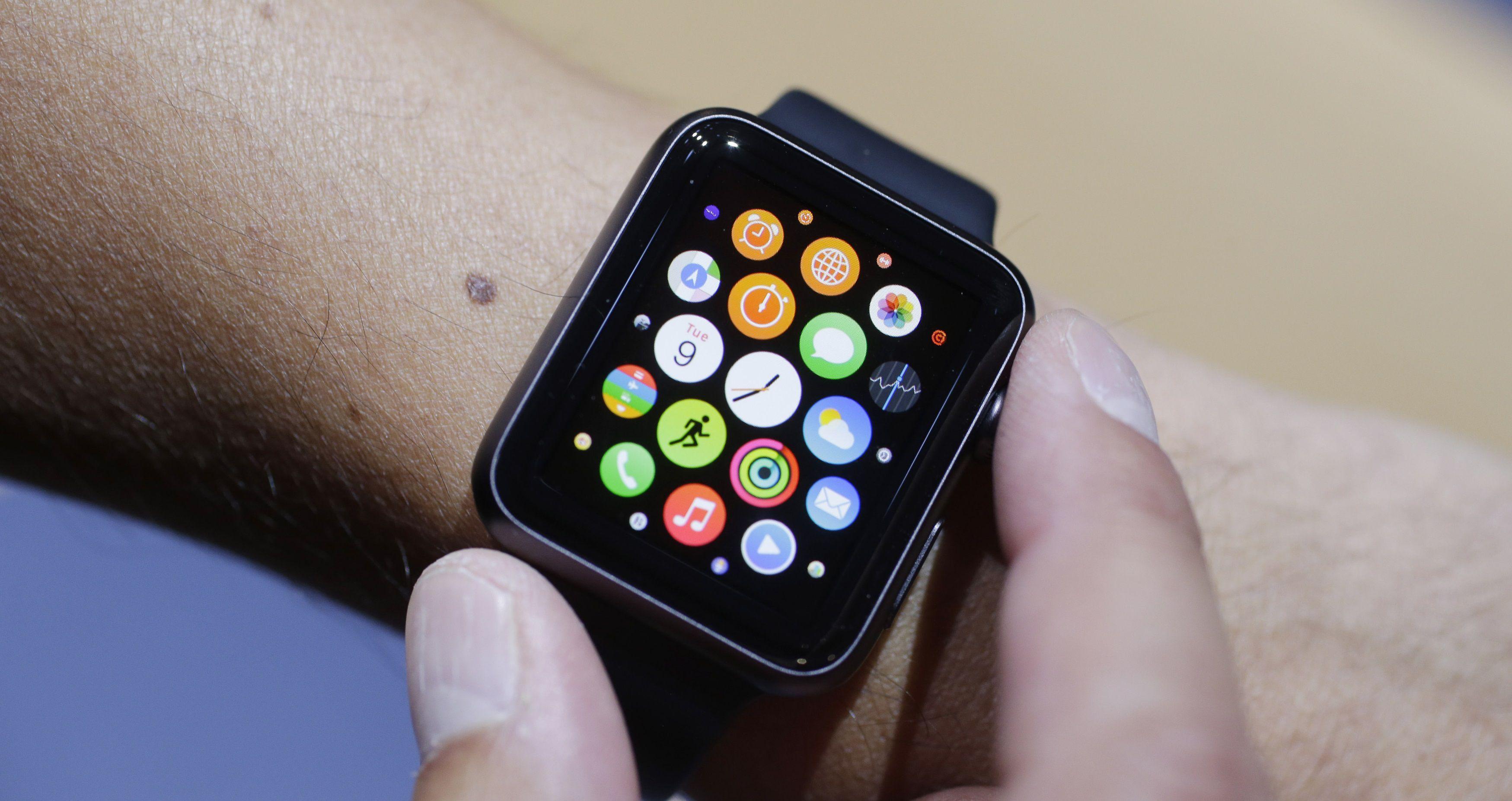 Arriva 'Apple Watch', il nuovo gioiello high-tech di casa Apple. Ecco cosa ci permetterà di fare