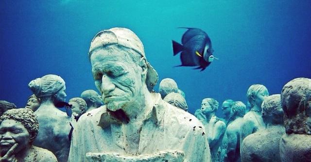 Meraviglie a Cancun: Vic racconta il museo sottomarino più famoso del Messico