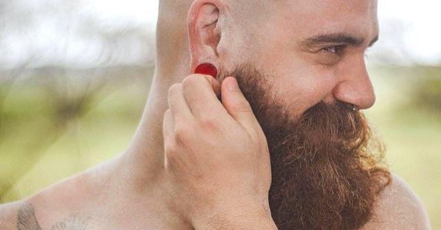 Altro che WC: 10 cose comuni che hanno più batteri della barba del tuo ragazzo