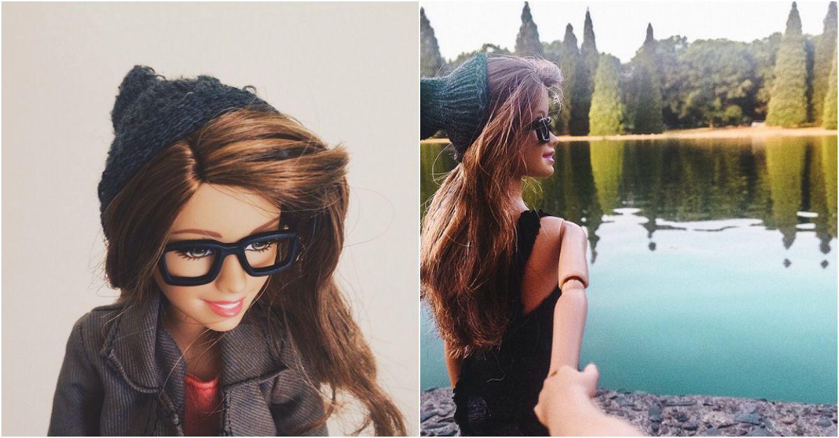 Vita di plastica: questa Barbie hipster sa usare Instagram molto meglio di voi