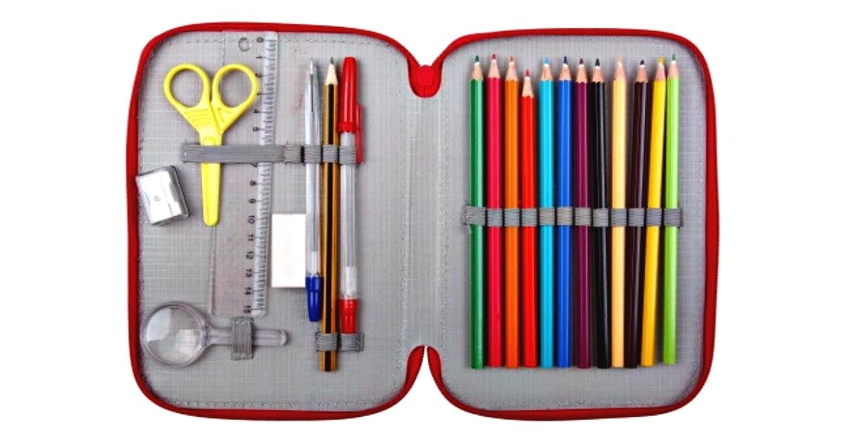 Dalle penne cancellabili al compasso: 25 ricordi del primo giorno di scuola