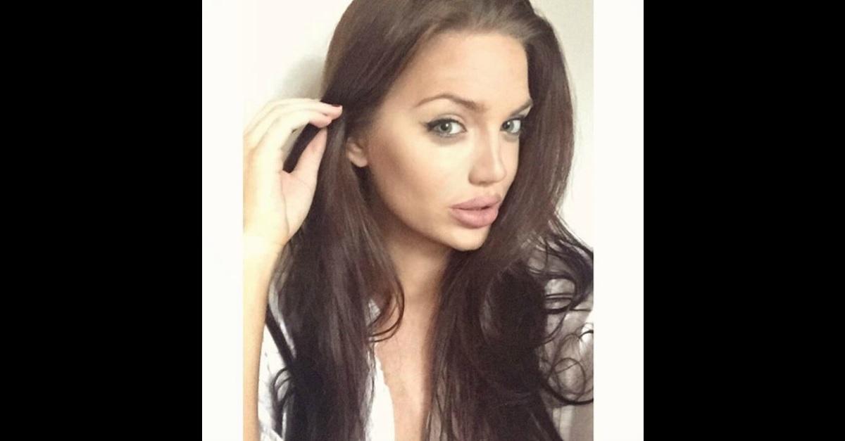 """""""Vi spiego come stanno le cose"""". Parla Chelsea, la sosia scozzese di Angelina Jolie"""