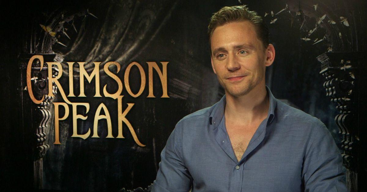 """Tom Hiddleston seduttore misterioso in Crimson Peak: """"L'amore è la forza più potente"""""""