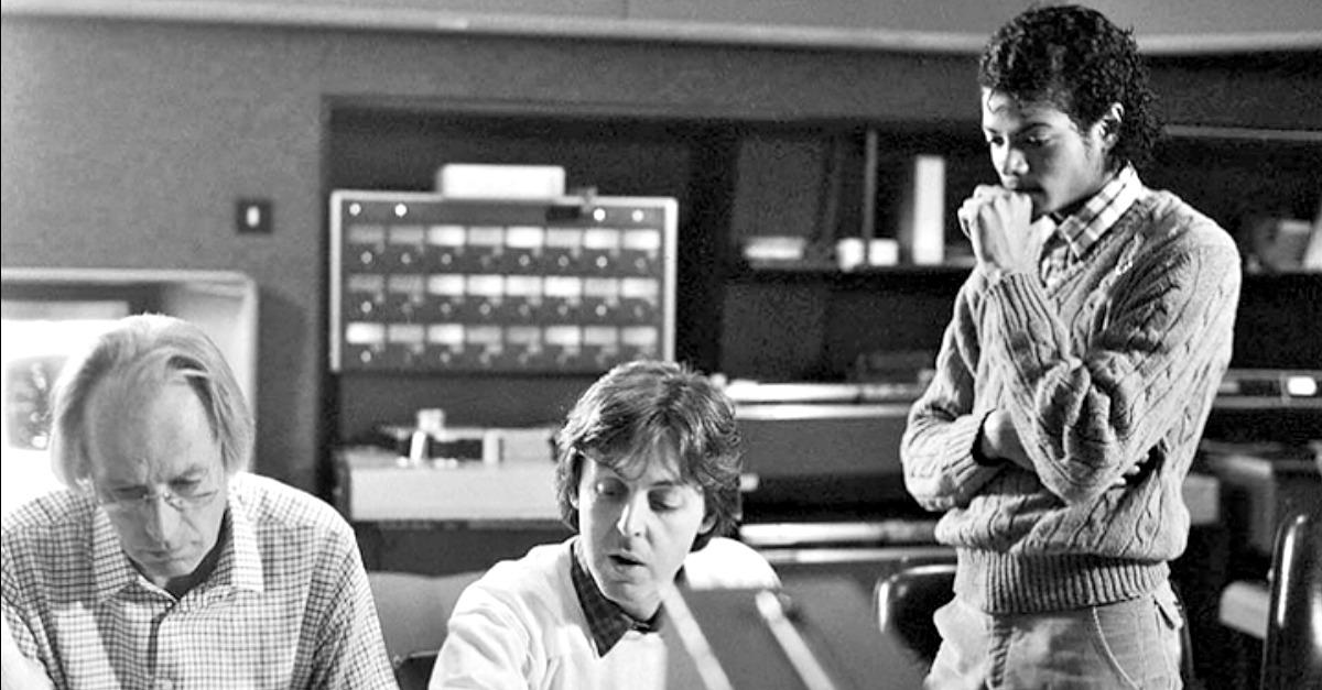 "Paul McCartney e Michael Jackson di nuovo insieme nel remix di ""Say Say Say"" (VIDEO)"