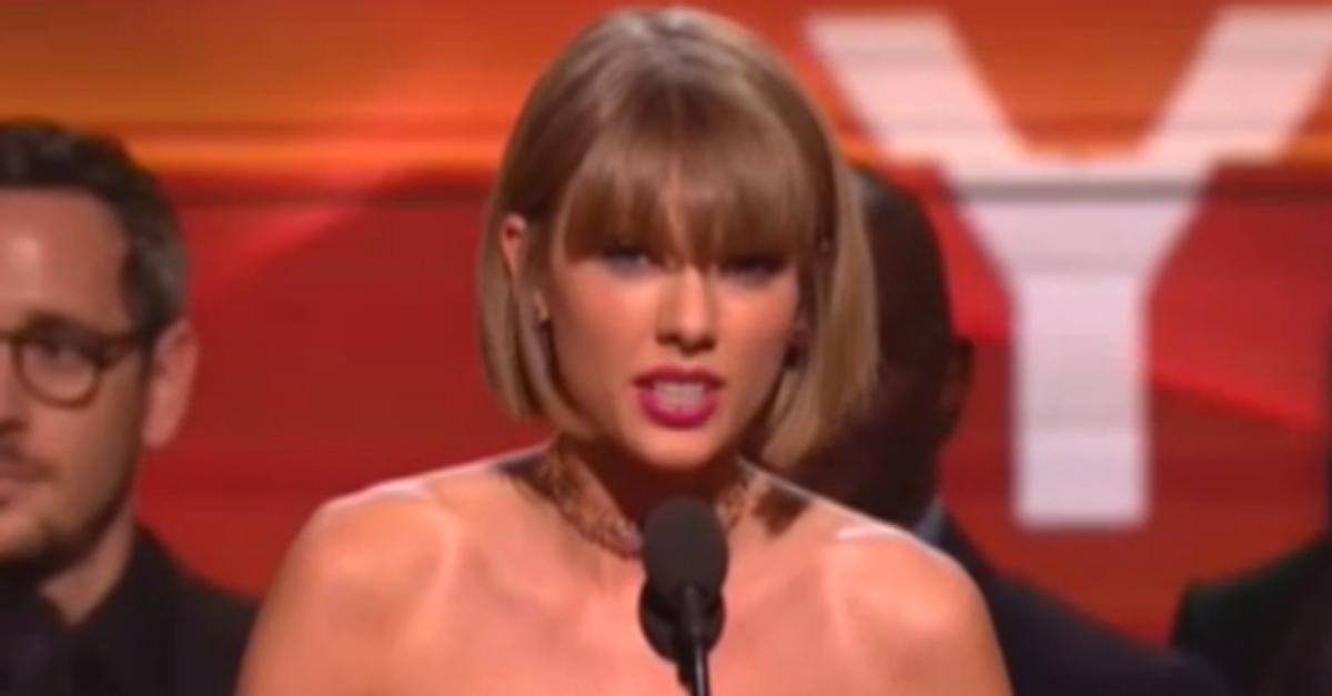 Grammy Awards: l'esemplare risposta di Taylor Swift agli insulti di Kanye West