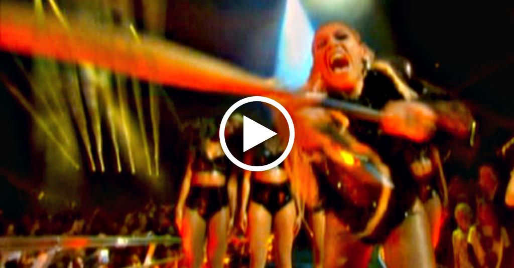 Beyoncè spacca la camera con una mazza da baseball: i 5 momenti top degli MTV VMA