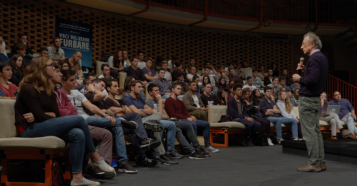 Che cos'è la giustizia? Il 18 novembre se siete studenti potete parlarne con Gherardo Colombo, Luca e Paolo