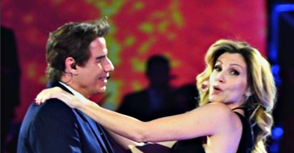 """Lorella Cuccarini balla """"Grease"""" con John Travolta: """"Era il mio sogno da bambina"""""""