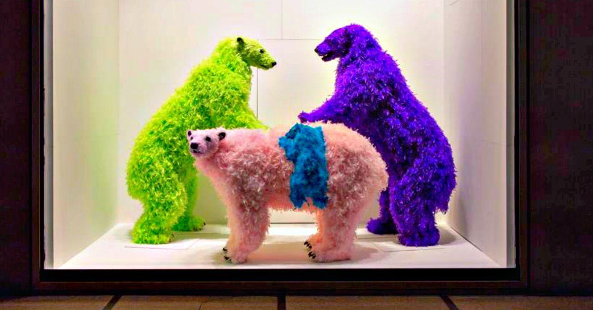 Fuori Salone Milano: dagli orsi arcobaleno al pergolato in jeans, 5 curiosità fra arte e design