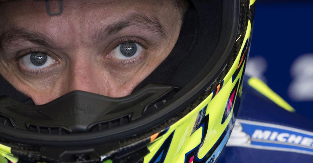 """Valentino Rossi ricoverato per un incidente in motocross, i medici: """"Non è grave"""""""
