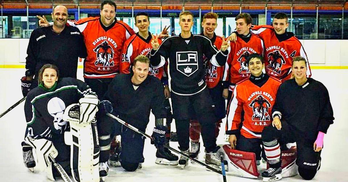 cantanti incontri giocatori di hockey