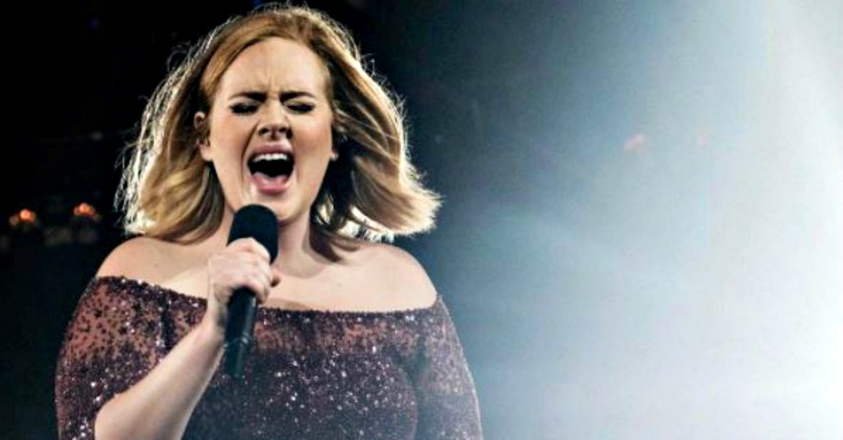 Adele potrebbe non andare più in tour: il motivo spiegato in una lettera ai fan