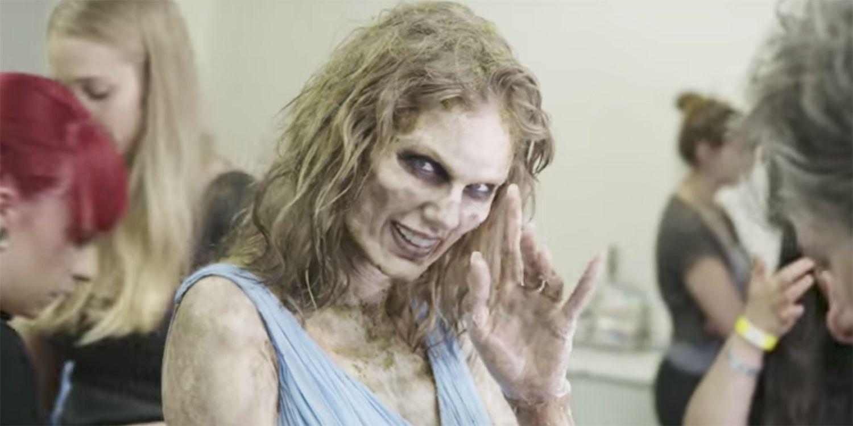 Taylor Swift, make up da paura: così si trasforma in zombie