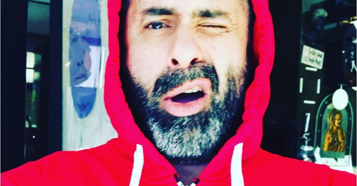 Luca Tommassini con la felpa di 'Amici' su Instagram, lascerà 'X Factor' per Maria?