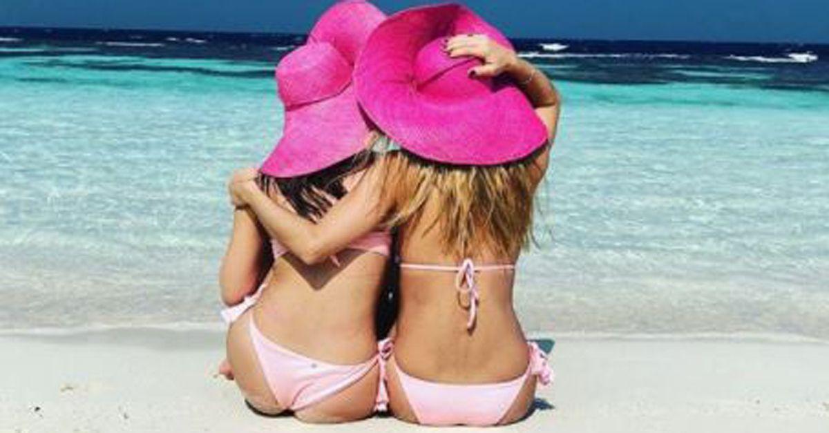 Natale alla Maldive per Michelle Hunziker e Aurora: gli scatti social