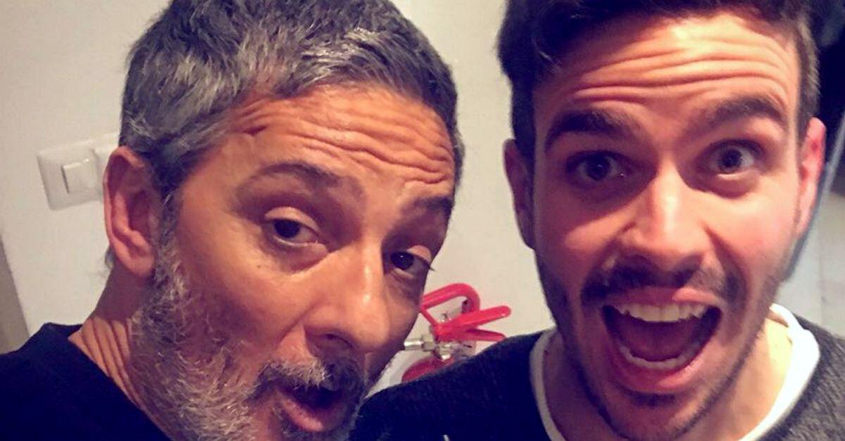 """Lorenzo Baglioni canta Carducci da Fiorello: la poesia """"San Martino"""" diventa una canzone"""