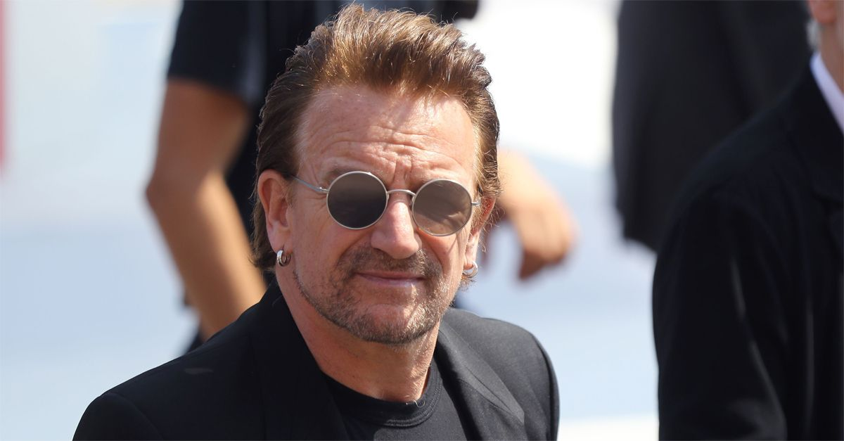 """Molestie nella Ong di Bono Vox. Il leader degli U2: """"Sono scioccato, mi scuserò personalmente con le vittime"""""""