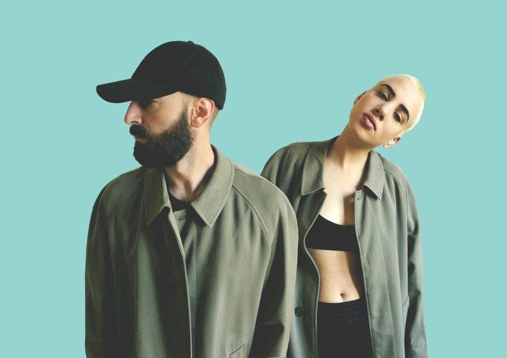 Chi sono i Coma_Cose: canzoni, bio e tatuaggio | Radio Deejay