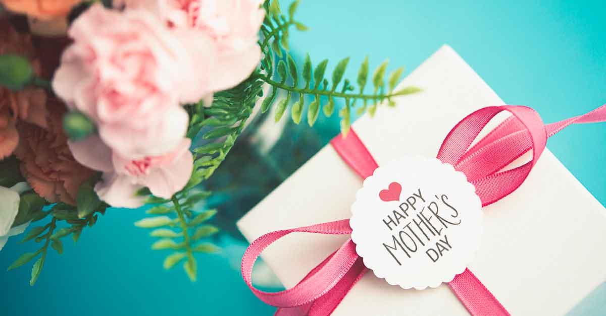 Festa della Mamma 2018, 10 regali da acquistare online (a meno di €50) che arriveranno in tempo