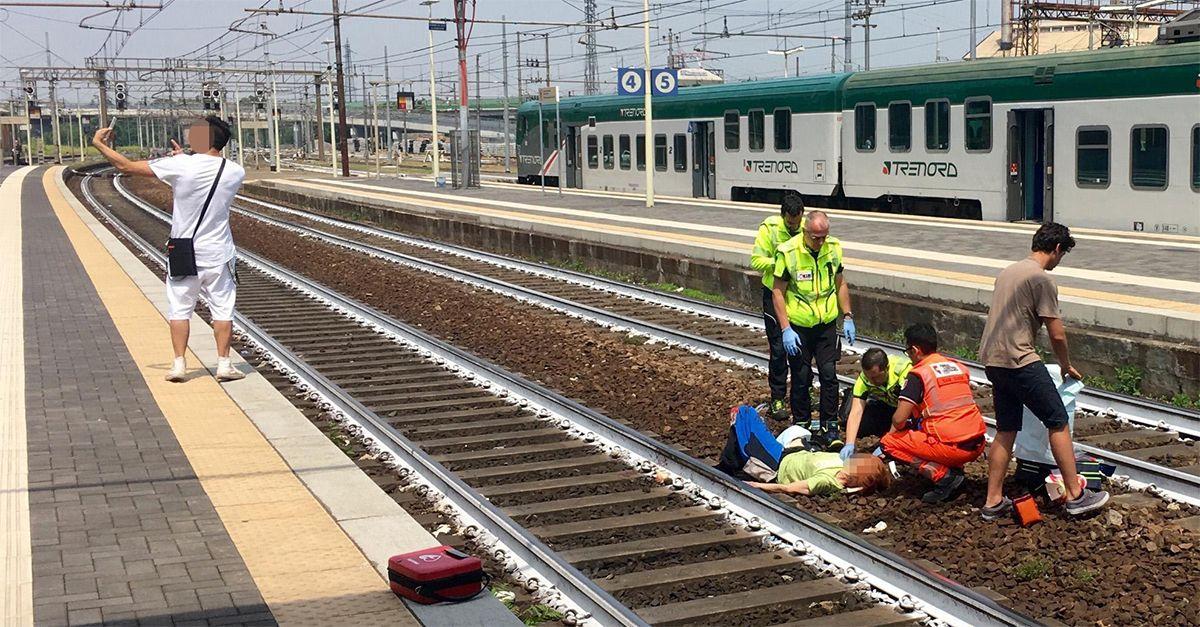 Piacenza. Si scatta un selfie davanti a una donna investita dal treno: fermato dalla Polizia