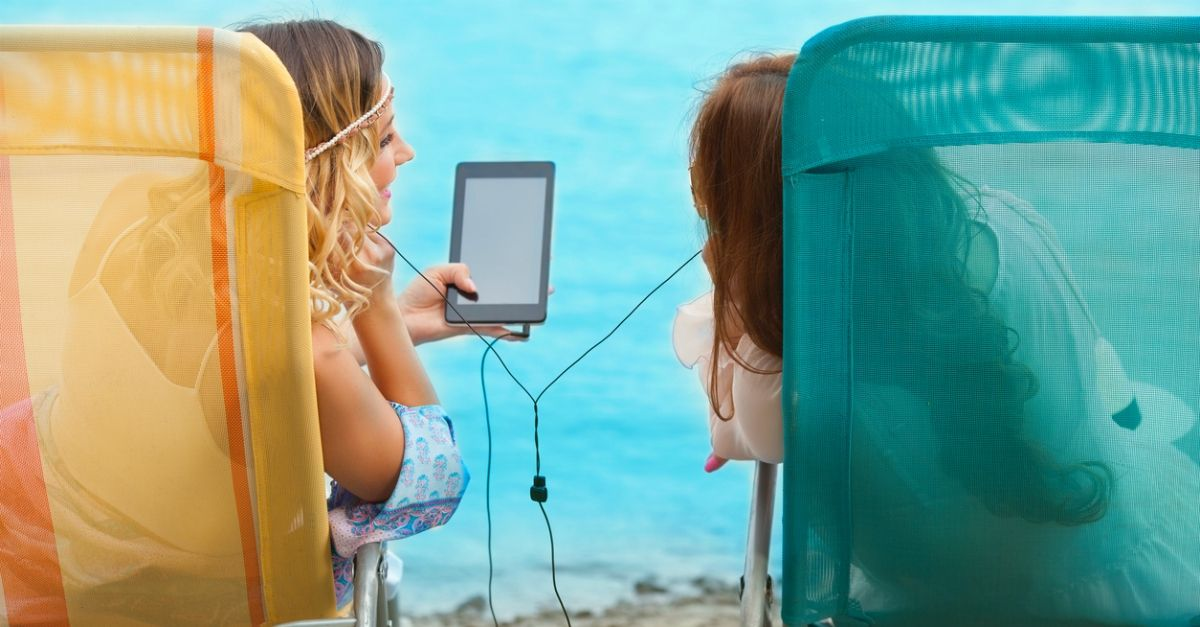 Instagram, Whatsapp e Facebook nelle canzoni: 10 hit estive con riferimenti ai social