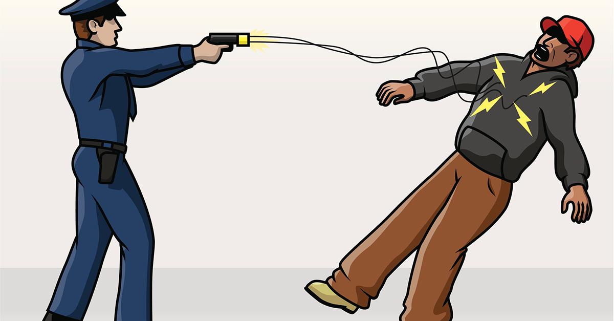 Taser, 11 curiosità sulle pistole elettriche (in sperimentazione dalla polizia)