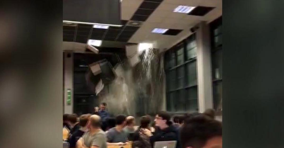 Maltempo a Milano, crolla il controsoffitto del Politecnico durante la lezione: la reazione degli studenti