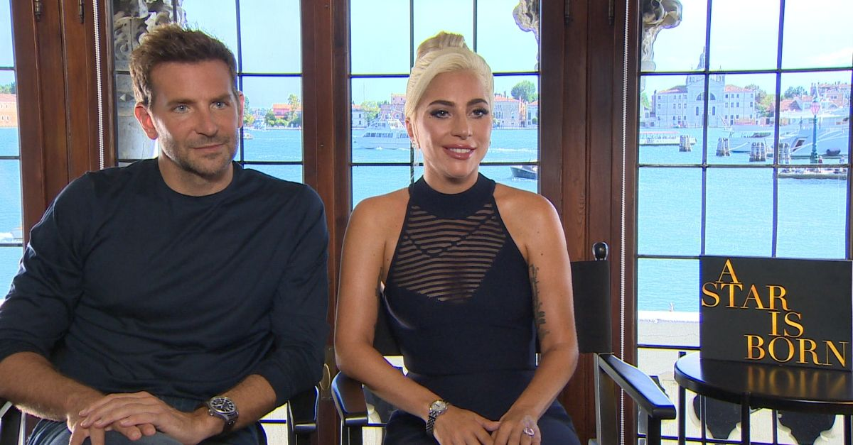 A Star is Born: Lady Gaga e Bradley Cooper uniti dall'amore per la musica