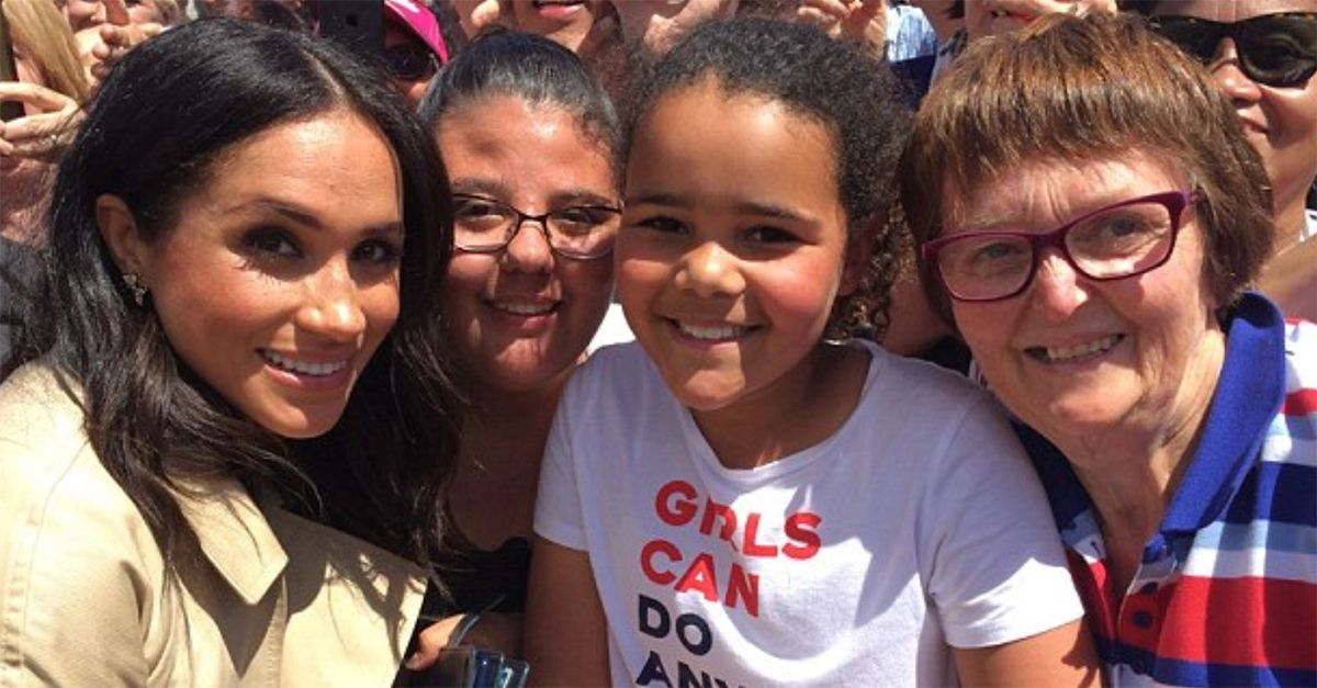 Sydney, la bimba è uguale a Meghan da piccola: Harry le fotografa insieme