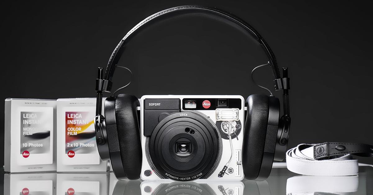 Leica, la fotocamera per foto istantanee da oggi è in Edizione Limitata targata Radio Deejay
