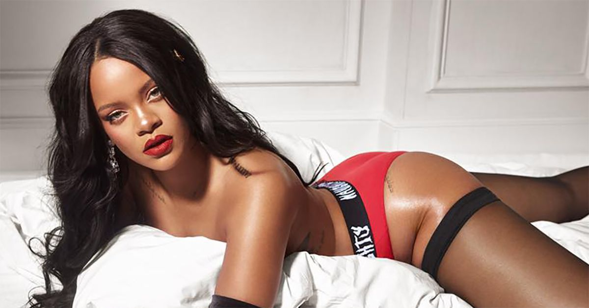 Rihanna è tornata: modella per il suo marchio di lingerie