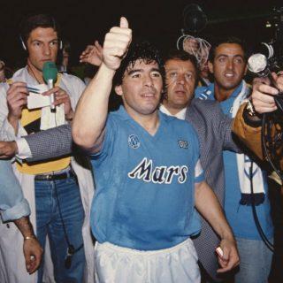 Maradona: a 34 anni dal gol del secolo barcolla e biascica ...