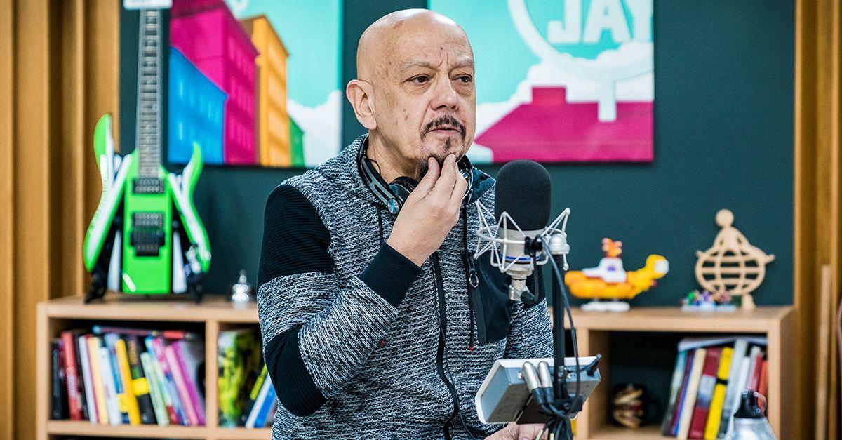 """Enrico Ruggeri presenta """"Alma"""", il nuovo album: l'intervista a Deejay chiama Italia"""